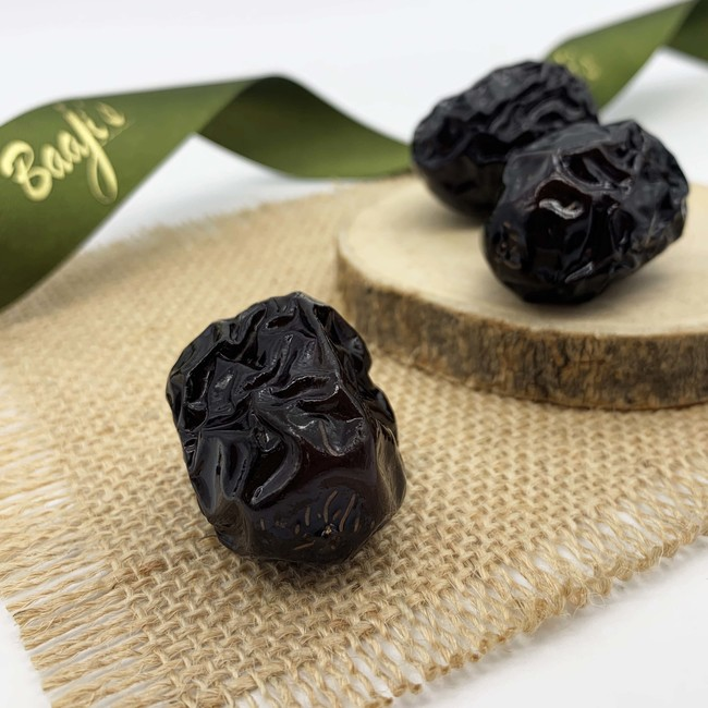 Ajwa Dates Manufacturers – Choose From Variety For Best Results